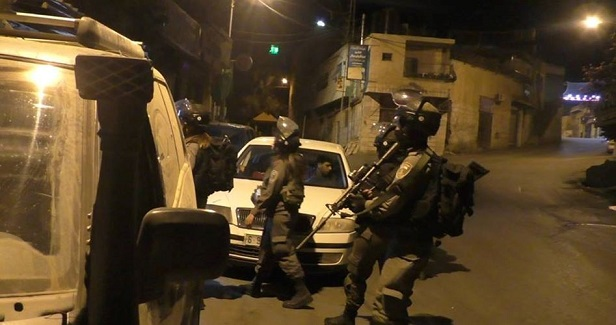 Arrests, injuries reported in predawn sweep by Israeli army