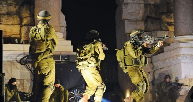 IOF arrests Palestinians in military raids