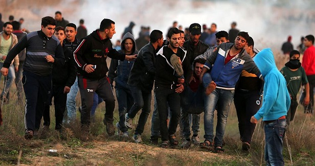 Euro-Med documents Israel's killing of a young man on Gaza border