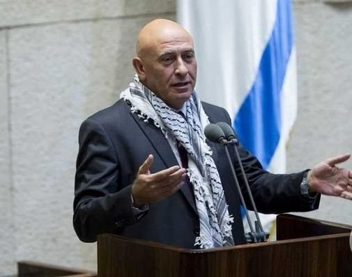 Ghattas signs plea deal, resigns from Knesset over smuggled phones case