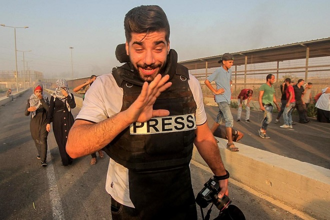 2 journalists wounded by Israeli soldiers in the West Bank and Gaza Strip