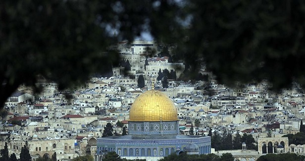Israel lobbies for embassies relocation to Occupied Jerusalem
