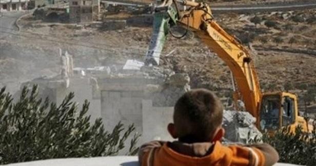 Israel demolishes Palestinian houses in O. J'lem, Qalqilia
