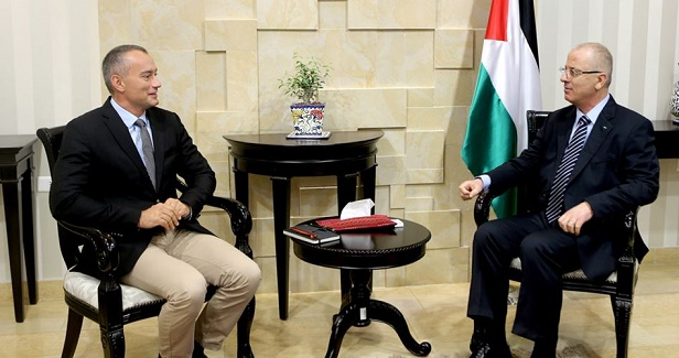 Hamdallah discusses reconciliation with Mladenov