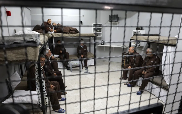 Calls for Israel to release sick Palestinian prisoners