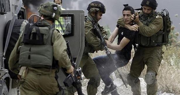 IOF abducts 19 Palestinians in West Bank raids