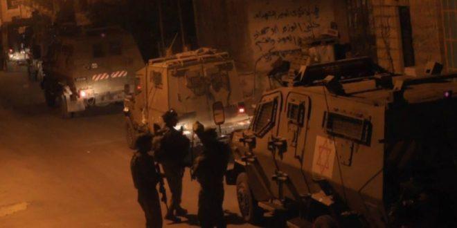 IOF arrests 17 Palestinians in West Bank