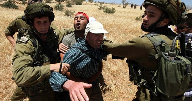 IOF kidnaps ex-detainee south of Bethlehem