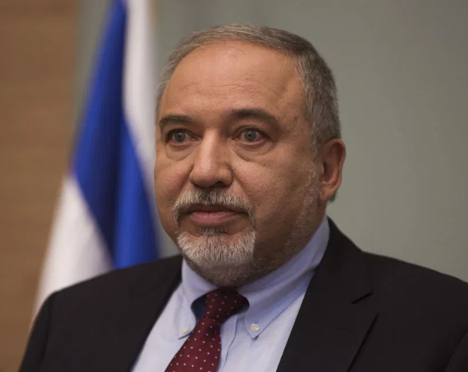 Lieberman accuses Israel spy chief of leaking data about attack on Iran