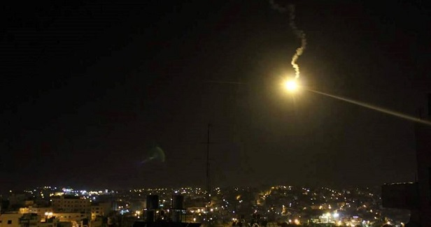 IOF kills four Palestinians, bombs resistance posts east of Gaza