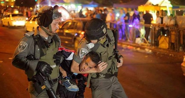Israeli police kidnap young men in Issawiya