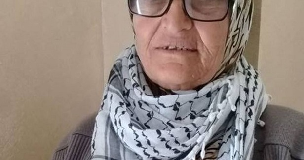 Israeli police ban Palestinian elderly from entering Aqsa for two days