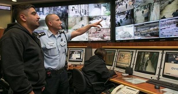 IOF seizes surveillance cameras north of Nablus