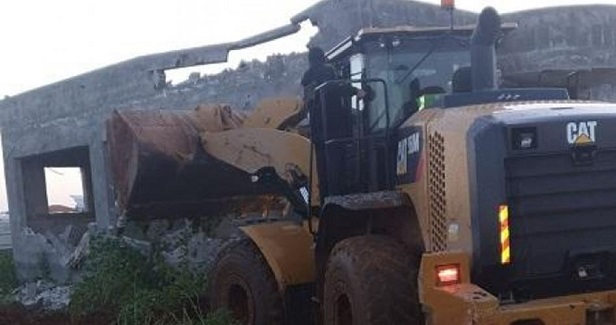 IOA demolishes two Palestinian homes in J'lem