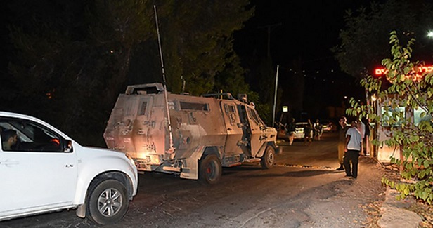 Israeli army claims foiling bombing attack