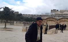 Israeli forces detain elderly Palestinian, ban youth from Al-Aqsa
