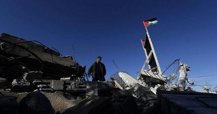 IOA orders Jerusalemite families to demolish their homes