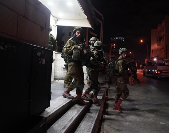 Israeli forces detain 4 Palestinians during West Bank raids