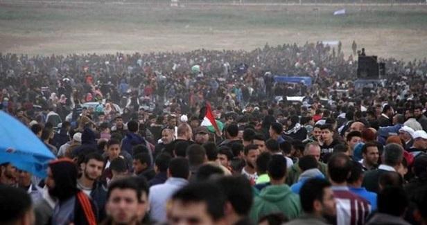Woman killed, 25 injured in Gaza border protests