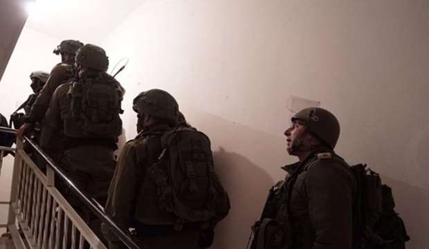 IOF rounds up 3 Palestinians in Ramallah