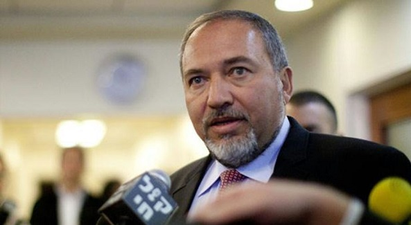 "Lieberman calls for ""strong blow"" against Hamas"