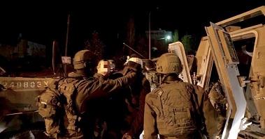 IOF arrests 10 Palestinians in West Bank