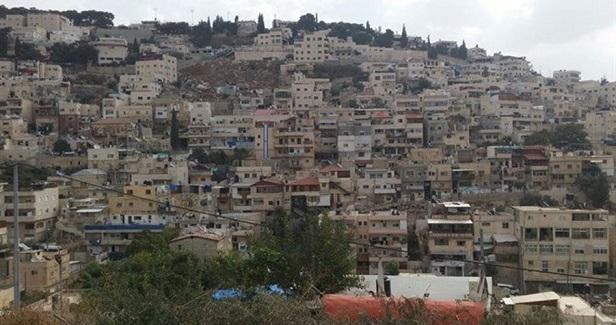 Israeli authorities demolish protest tent in Silwan