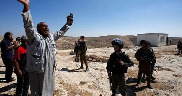 Israel closes Palestinian high school in Nablus