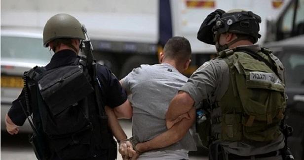 Israeli police forces assault, arrest Palestinians in J'lem