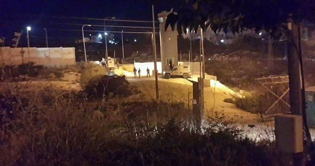 Israeli soldiers open fire at Palestinian car in Ramallah