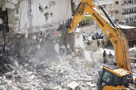 Israel carries out large-scale demolition campaign north of Jerusalem