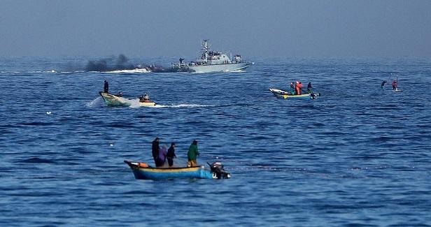 Israeli navy shoots, kills Palestinian fisherman off Gaza shore