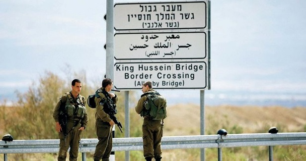 IOF arrests Palestinian cancer patient at Karama crossing