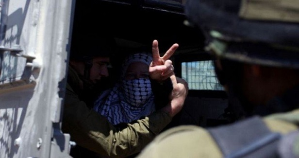 Israeli forces arrest Palestinian girl at West Bank checkpoint