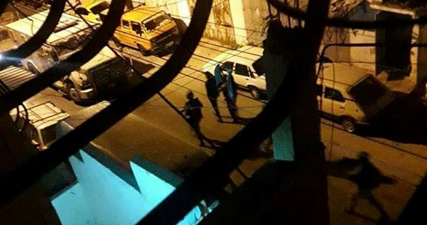 15 Palestinians kidnapped by IOF from W. Bank homes