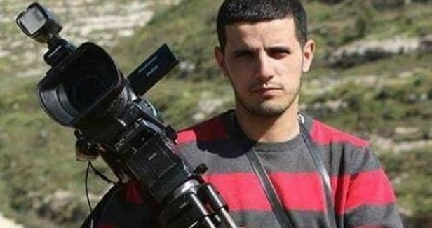 Palestinian photojournalist arbitrarily held in PA custody for 2nd day