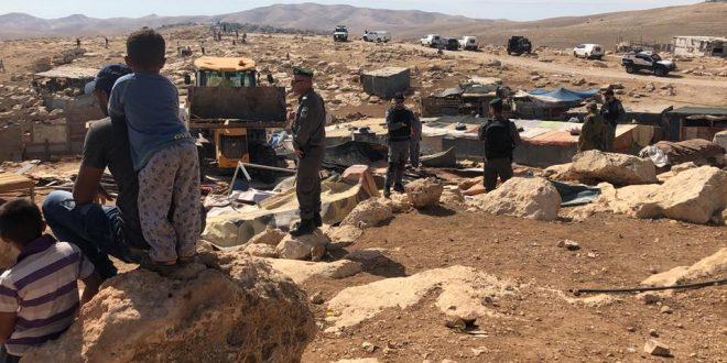 Israel orders Khan Al-Ahmar residents to demolish their own homes by 1 October