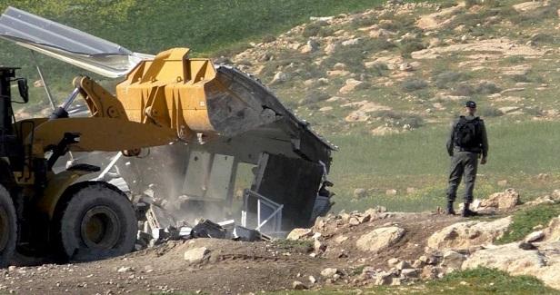 IOF razes Palestinian home in Masafer Yatta