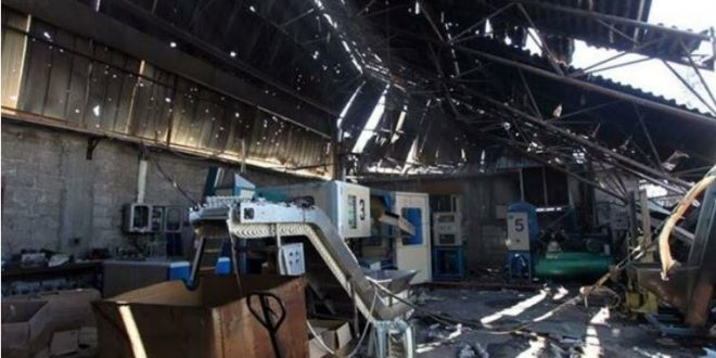 Israeli siege, assaults totally or partially affect 100 percent of Gaza factories
