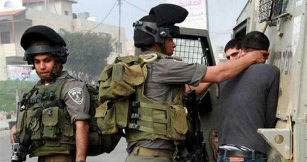 Israeli forces arrest Palestinian man, seize his car