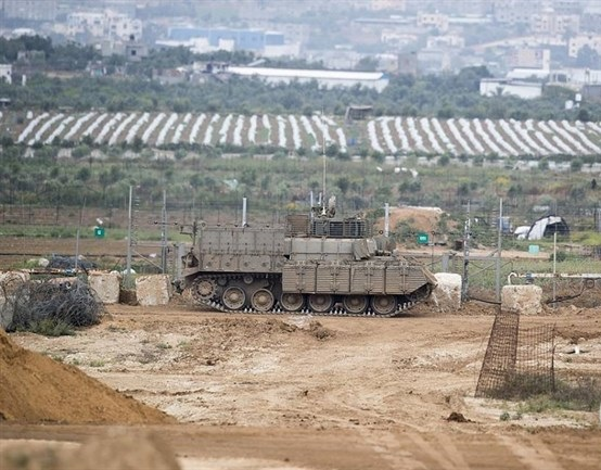 Israeli forces injure 4 Palestinians in Gaza protests