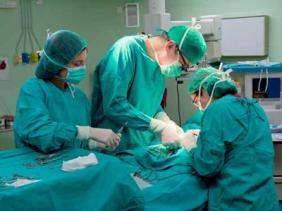 الإعلان عن تأمين مجاني للعمليات الجراحية الباردة للأطفال
