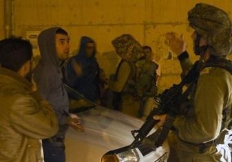اعتقال (11) مواطن وقوات الاحتلال تقتحم منازل المواطنين بالضفة الغربية