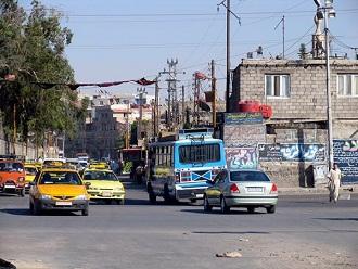 أزمات معيشية يعاني منها أهالي مخيم جرمانا بريف دمشق