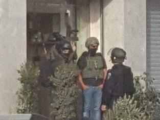 قوات الاحتلال تداهم محال تجارية وتشن حملة مخالفات للمركبات في مخيم شعفاط