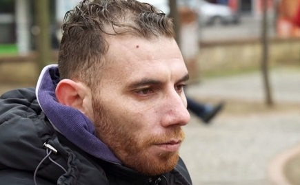 بطل تقرير الهجرة من غزة: الصحفي خدعنا ولم يقل أنه «إسرائيلي»