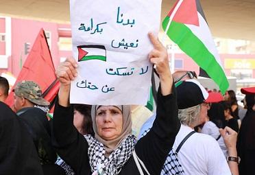 دعوة لمنظمة التحرير إلى التحرك لإغاثة فلسطينيي سوريا في لبنان