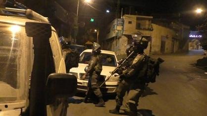 قوات الاحتلال تشن حملة اعتقالات واسعة في الضفة والقدس