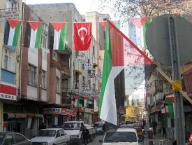 هؤلاء الفلسطينيون مستثنون من قرار وقف تمديد الإقامة السياحية في تركيا