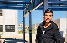الاحتلال يحكم على فتى من مُخيّم العروب بالسجن لمدة عامين